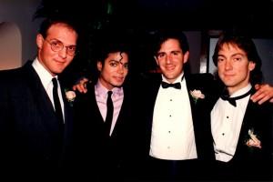 Билл Бранка, Майкл Джексон, Дэвид Голдман и Джон Бранка на свальбе последнего, 1988 г.