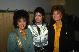 MJ-With-Elizabeth-Taylor-and-Sophia-Loren1-300x199